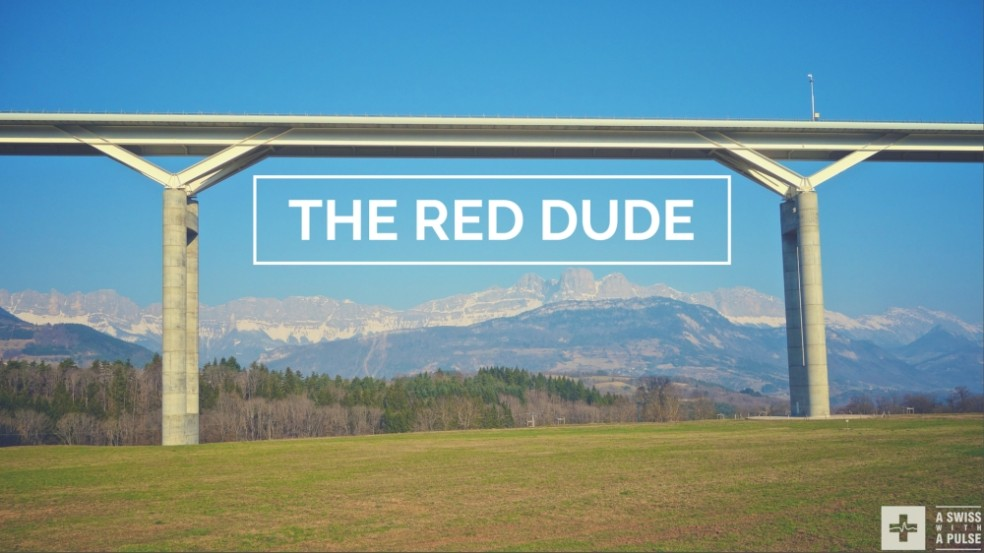 Ultralight bike touring in France: the red dude